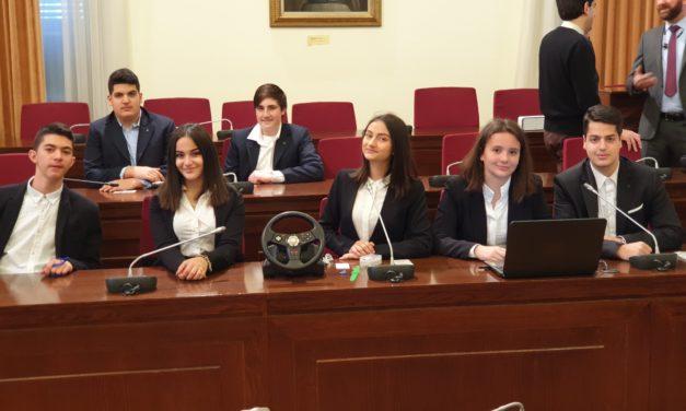 """Παρουσίαση της συσκευής-αλκοτέστ """"Breathe n' Drive"""" στη Βουλή των Ελλήνων"""