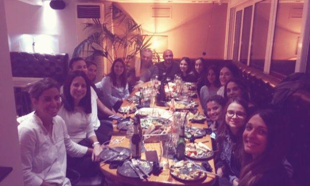 """Στο """"Epavlis café"""" η γυναικεία ομάδα βόλεϊ!"""