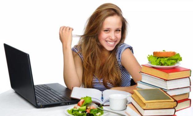 Η διατροφή των μαθητών κατά τη διάρκεια των εξετάσεων: Χρήσιμες συμβουλές