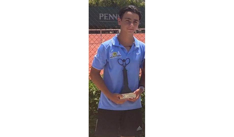 Πρωτιά στο τέννις για τον Δανιήλ Μανέττα, μαθητή των Εκπαιδευτηρίων «ΡΟΔΙΩΝ ΠΑΙΔΕΙΑ»!